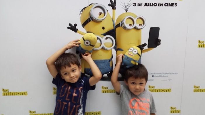 minions a diagonal mar 1